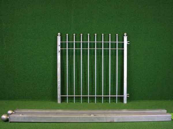Metalltür Angebot 58-1 in massiver Stahlbauweise - Breite: 118cm, Höhe: 118cm