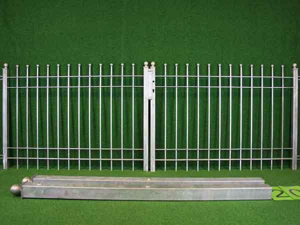 Metalltor Angebot 54 in massiver Stahlbauweise - Breite: 287cm, Höhe: 118cm
