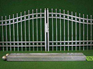 Hoftor Angebot 158-2 in massiver Stahlbauweise - Breite: 355cm, Höhe: 126cm inklusive Pfosten und Zubehör!